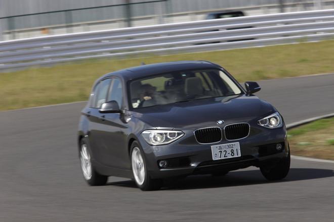 BMW120i(FR/8AT)【試乗記】