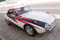 「トヨタ・スポーツ800」のレーシングカーが復活の画像