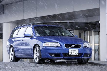 ボルボV70R(4WD/6AT)【試乗記】