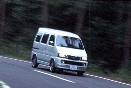 スズキ・エブリイランディXC 2WD(4AT)……159.8万円