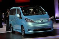「e-NV200」の祖となる「e-NV200コンセプト」。2012年のデトロイトモーターショーでお披露目された。