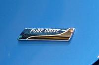 新型マーチは、日産「PURE DRIVE」シリーズ第一弾の車種でもある。