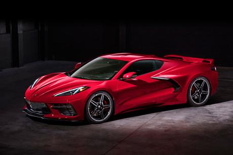 GMが8代目となる新型「シボレー・コルベット スティングレイ」を発表。495hpを発生する6.2リッターV8エンジ...
