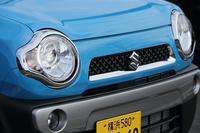 コミカルな「ハスラー」のフロントまわり。特にテスト車の「X」は、リング状のLEDポジショニングランプが特徴的だ。
