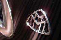Cピラーに2つの「M」をあしらったマイバッハのエンブレムが付く。