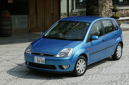 フォード・フィエスタ1600GHIA(4AT)【ブリーフテスト】
