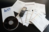 ソニーICレコーダー欧州版の取説。ちなみにCDには、中韓を含む21カ国語の取説が入っているが日本語はない。