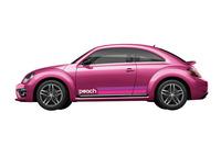 ピーチの機内で販売される限定車「#PinkBeetle Peach Edition」。