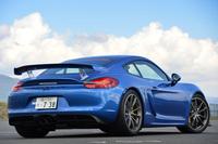 「GT4」はサーキット走行を想定した「ケイマン」の高性能モデル。2015年3月のジュネーブショーで世界初公開された。
