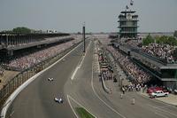 初開催は1911年という、長い伝統を誇る「インディ500」。F1のモナコグランプリ、ルマン24時間耐久レースと並び、世界3大レースのひとつに数えられる。