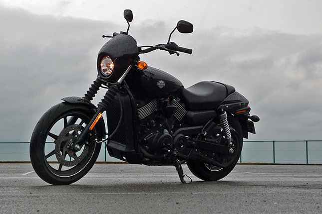 「ハーレーダビッドソン・ストリート750」は、水冷式のVツインエンジンを搭載する、ハーレーダビッドソンのラインナップではコンパクトなモデル。