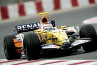 ルノー「R28」。前年の失敗を糧にマシンを大幅改良。アロンソを味方に、2005-06年の活躍を再び。(写真=Renault)
