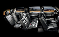 「フォード・エクスプローラー」に豪華内装の特別仕様車