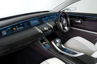 「三菱Concept-ZT」ディーゼルターボ搭載のセダンは「ディアマンテ」クラス【出展車紹介】の画像