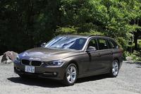 今回のテストドライブでは、比較対象として、「V60 D4 SE」と同様に2リッター直4ディーゼルターボを搭載するワゴン「BMW 320dツーリング スポーツ」を連れ出した。