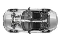 新型「ロードスター」のドライブトレインの透視図。