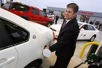 E85ステーション開設にあたり、朝7:00〜9:00までは85.9セント/ガロンで販売するキャンペーンを実施し、人を集めた。この燃料ステーションでは、通常E85は2.74ドル/ガロン(約73円/リッター)で販売される。