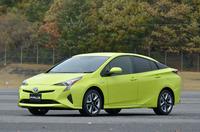 「先進的かつエモーショナル」と表現されるエクステリア。写真のボディーカラー「サーモテクトライムグリーン」には、車体表面の温度上昇を抑える働きがある。