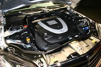 エンジンは、3タイプを用意。写真は、「E550アバンギャルド」に搭載される5.5リッターV8ユニット。
