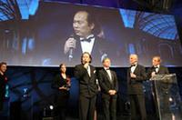 「ベスト・ビューティー・コンセプトカー」を受賞した「マツダ先駆」。マツダのデザイン本部チーフデザイナーの山田敦彦氏が日本からかけつけて、喜びを語った。