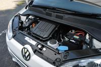 エンジンは、全車1リッター直列3気筒。JC08モードの燃費値も、例外なく23.1km/リッターとなっている。