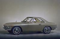 1965年にデビューした初代「シルビア」。「BMW507」などを手がけたドイツ系アメリカ人デザイナー、アルブレヒト・ゲルツをアドバイザーに迎え、日産社内でデザインされたボディーは、宝石をイメージした「クリスプ・カット」と呼ばれるシャープかつ繊細な面構成を持つ。