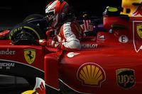 ベッテルの活躍の影に隠れがちだったキミ・ライコネンが2戦連続の4位入賞、フェラーリは上海で3-4フィニッシュとなった。2007年チャンピオンの課題は予選。今回も6番グリッドとスタート前から後れをとってしまった。レース終盤は前を行くベッテルにプレッシャーを与えるほどの走りを見せていただけに、予選でのパフォーマンス向上が望まれる。(Photo=Ferrari)