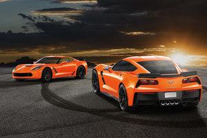 「シボレー・コルベット」に鮮やかなオレンジが目を引く限定モデル