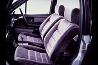 1984年「日産フォルクスワーゲン・サンタナ 2000Xi5」(M30型)のシート。