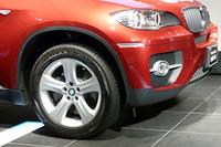 スポーツアクティビティクーペ「BMW X6」が日本上陸の画像