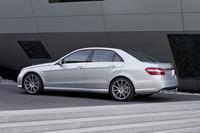 「E63 AMG」新エンジンを搭載し、デビューの画像