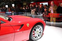2008年のボローニャモーターショーのフェラーリブース。リーマンショックが発生した直後だが、スーパーカーに対するイタリア人の関心は今より高かった。