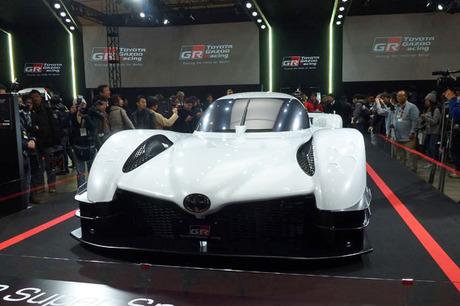 トヨタ自動車は「東京オートサロン2018」で、TOYOYA GAZOO RacingとLEXUS GAZOO Racingのブースを設営した...