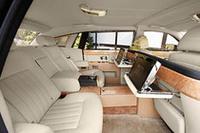 完成まで9ヶ月、世界に1台の特注「ロールスロイス・ファントム」納車