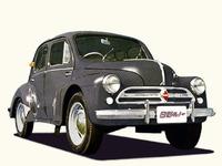 戦後、日本の自動車メーカーは欧米メーカーとの提携によって技術力の向上を図った。写真は日野が仏ルノーとのライセンス契約によってノックダウン生産を行った「ルノーPA型」。