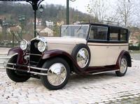 ©Automobiles Peugeot 「プジョー・ランドレー タイプ184」 コーチビルダーの「Labourdette」によるボディーを持つモデルで、1928年から29年にかけて生産された。6気筒80馬力のエンジンを持ち、内装はアールデコ様式に仕立てられている。