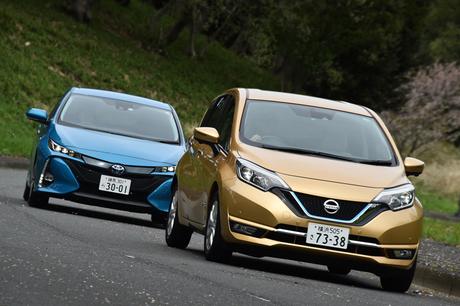 トヨタと日産が自信を持って送り出す、2台の環境対応車に試乗。プラグインハイブリッド車「プリウスPHV」に...