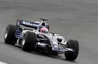 中嶋一貴選手によってデビューランを披露したウィリアムズ・トヨタ。あいにくのウェットコンディション、慣れないF1とあってかスピンするシーンも見られたが、本人によれば「コースにこぼれていたオイルに乗ってしまったため」とのことだった。