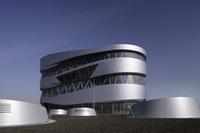 人気の「メルセデス・ベンツ博物館」が、オープン一周年