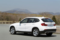 BMW X1 sDrive18i(FR/6AT)【試乗記】の画像