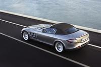 最高速332km/h、メルセデスSLRにオープンモデル登場