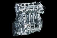 SISS(スマートアイドルストップシステム)は、スターターモーターを使わずにエンジンの再始動をする。停止中のエンジンのシリンダー内に直接燃料を噴射して爆発させ、そのエネルギーでピストンを押し下げるというしかけだ。