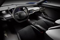 フォードから新型ミドシップスポーツ「GT」登場【デトロイトショー2015】の画像