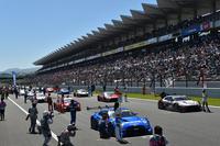 ゴールデンウイーク中に開催された第2戦。富士スピードウェイには、大勢のレースファンが詰めかけた。