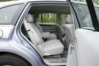 メルセデス・ベンツR350 4MATIC(4WD/7AT)【試乗記】の画像