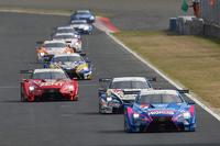 レースは予選から決勝まで、レクサス勢が強さを見せつける展開となった。写真は、決勝レースでのひとこま。