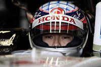 7番グリッドと上位を狙える位置を得た佐藤琢磨。フォーメーションラップの最後に、何と誤ってエンジンストップのボタンを押してしまい、レースを台無しにしてしまった。周回遅れでレースには参加し、16位完走。唯一のノーポイントドライバーという汚名を晴らすよう次戦に期待したい。(写真=本田技研工業)