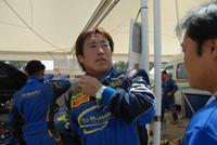 新井敏弘はサスペンショントラブルにより、リタイアを余儀なくされた。