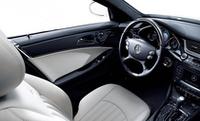 「メルセデス・ベンツ CLSクラス」に眩しい白の特別仕様車の画像