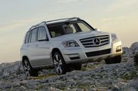 メルセデス・ベンツ:「Cクラス」にワゴン追加 小型SUV「GLK」も導入【JAIA08】